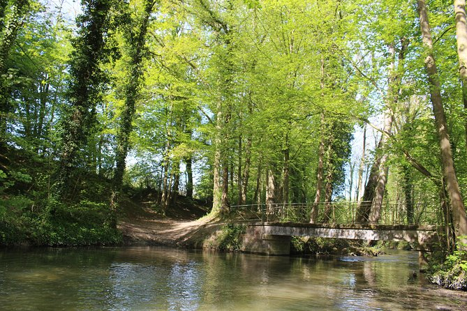 The Vallée de l'Omignon by some privileged access roads (guided tour)