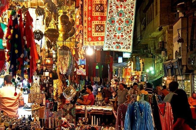 Old Souq tours and local dinner