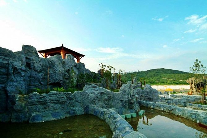 Private Transfer Between Tangshan Hot Spring Resort and Nanjing Lukou Airport
