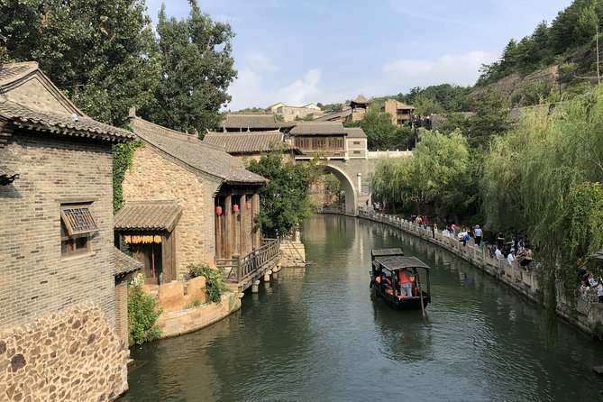Gubei Water Town Hot Spring Experience and Simatai Great Wall Tour from Beijing photo 2