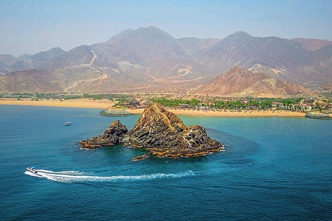 Fujairah East Coast Sightseeing Full Day City Tour Package from Dubai