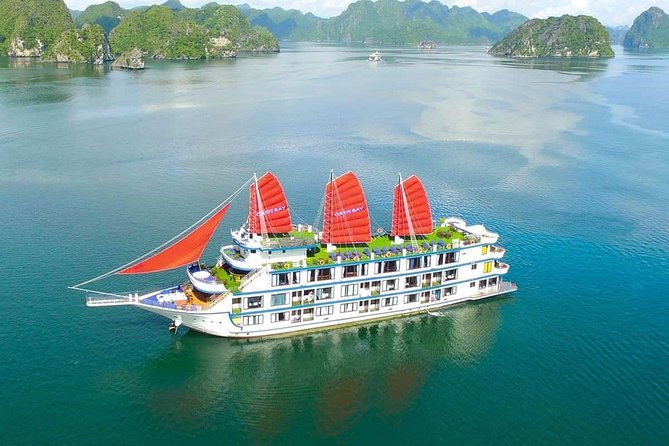 Oasis Party Halong Bay Cruise 2 Days 1 Night photo 1