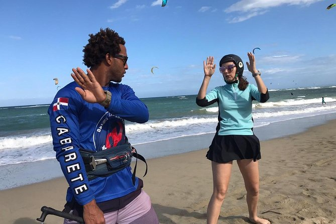 Entry Level Kite Surfing Lesson photo 8