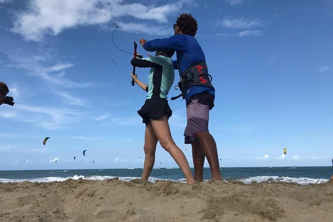 Entry Level Kite Surfing Lesson photo 3
