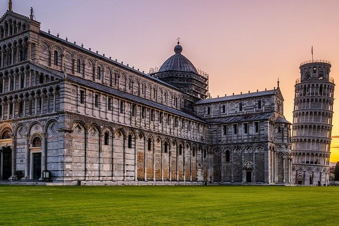 Pisa Tower, Lucca & Wine tasting with private V class Mercedes Van