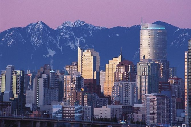 """Wonderful Vancouver"" - full day all highlights city tour in russian language"