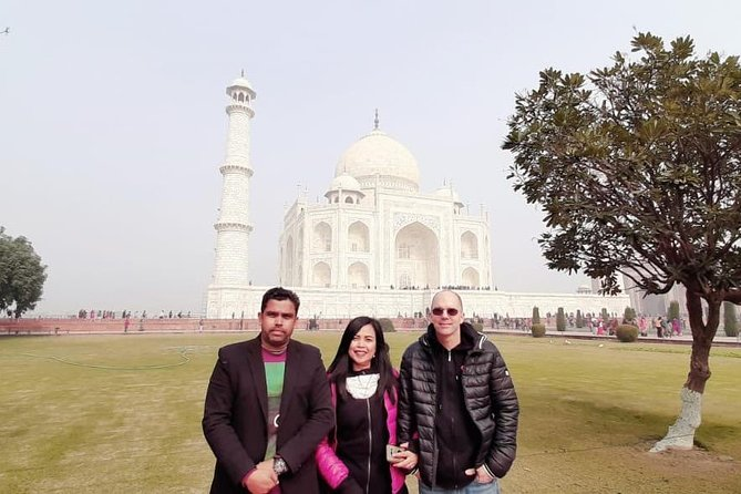 Day tour to Taj Mahal & Agra fort from Delhi,5 star hotel lunch included . photo 23