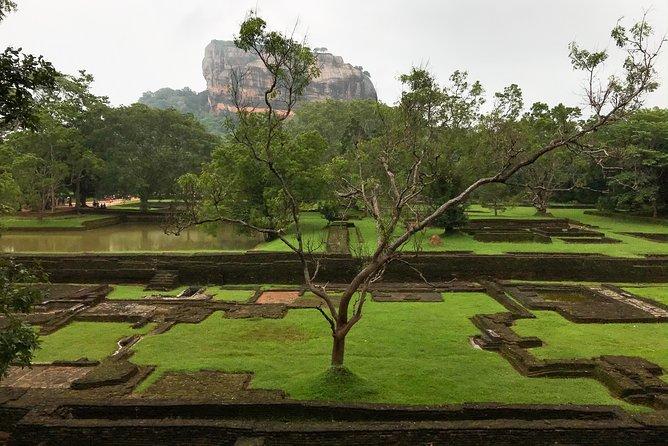 Private Transfer in Sri Lanka