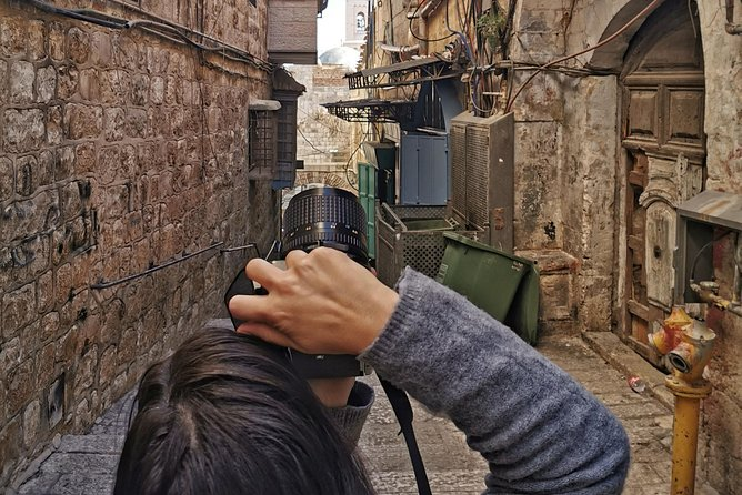 Private Photo Tour through the Christian quarter in the Old City