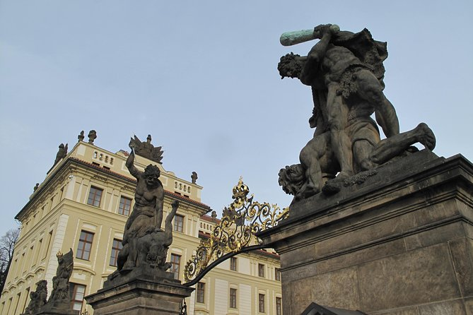 Private Prague Castle Tour with a Czech Guide, meeting up at hotel