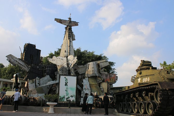 Hanoi Walking War Sites Tour