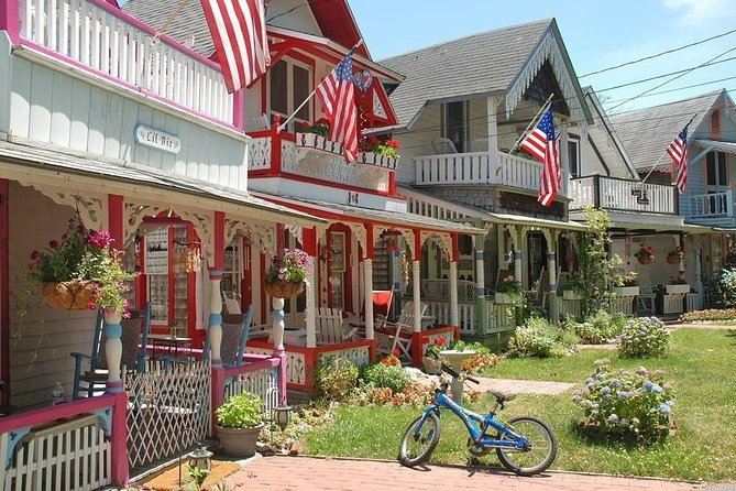 Martha's Vineyard Day Trip from Boston with Optional Island Tour (Small Group)
