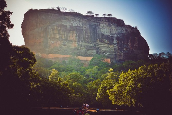 Private tour From Colombo to Sigiriya Dambulla