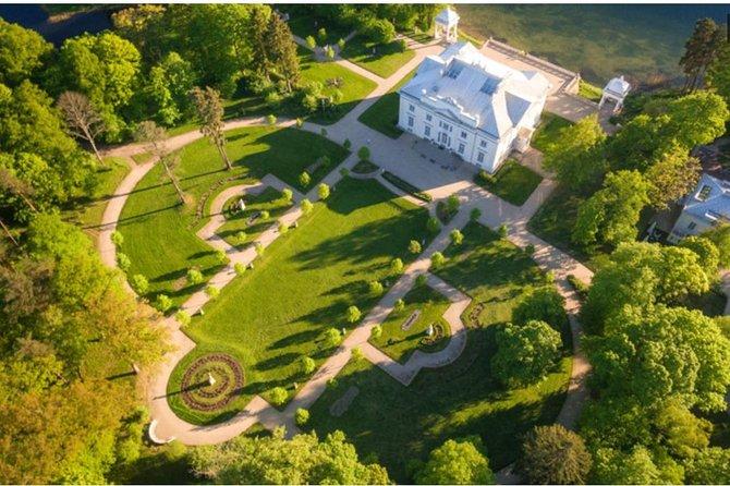 Trakai Island Castle and Uzutrakio Manor half-day private tour