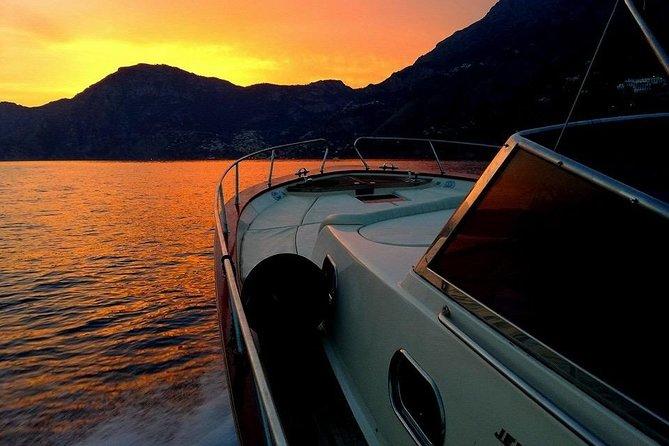 Small-Group Sunset Boat Tour from Positano to Amalfi coast