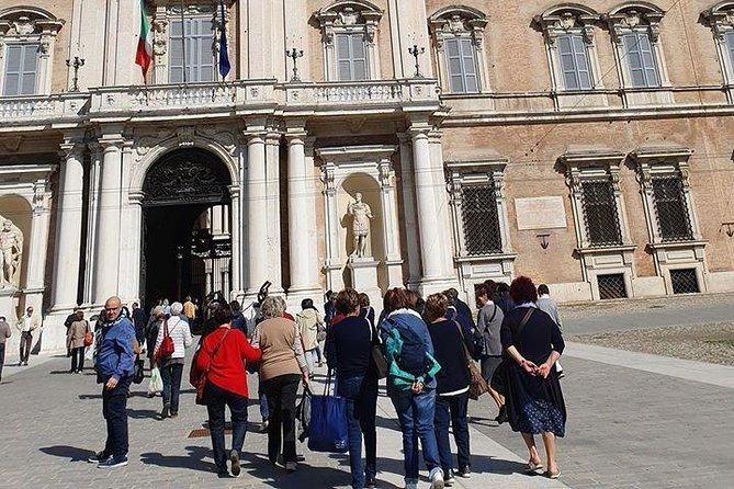 Modena city tour Walking tour in the old town