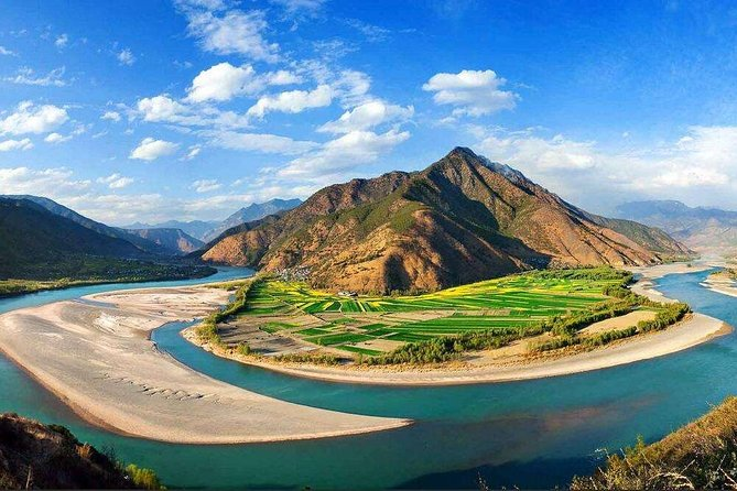 Private Day Trip to Yangtze River First Bend, Shigu Ancient Town, Tiger Leaping Gorge from Lijiang photo 2