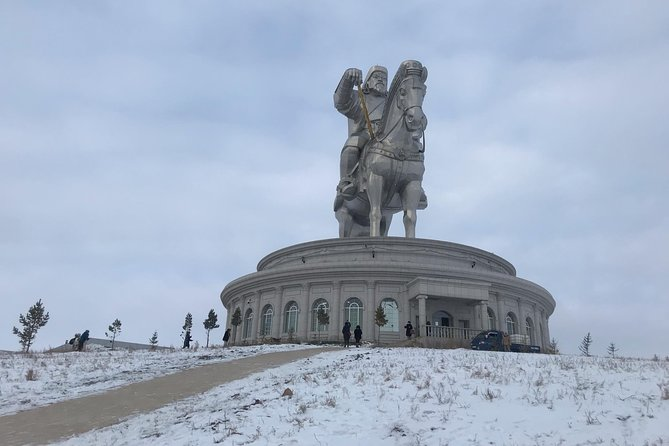 Dog sledding & Chinggis Khaan Statue tour photo 4