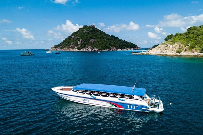One day tour in Angthong Marine Park