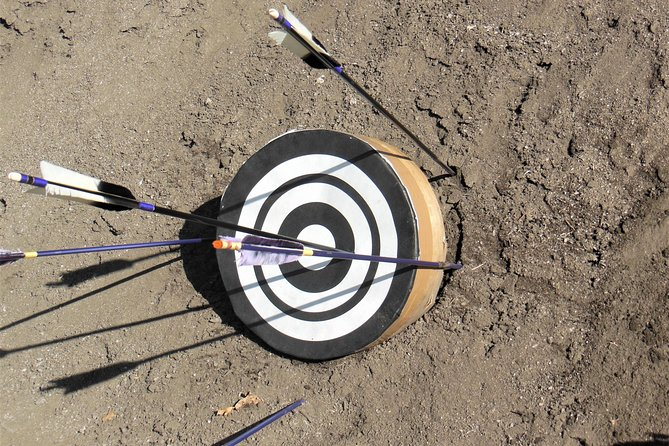 Japanese archery Guide Tour with trial shooting experience photo 7