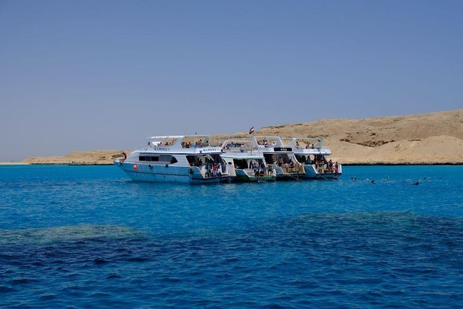 Private Full-Day Boat Tour in Orange Bay Hurghada with Lunch
