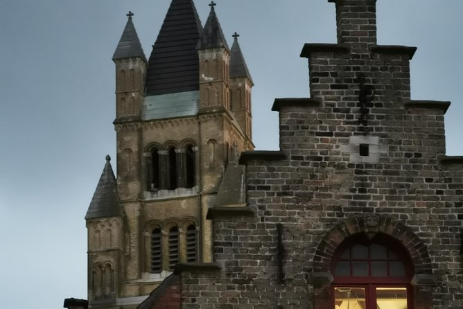 History, Magic and Chocolate tour of Bruges photo 9