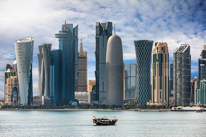 (Private Tour) Doha city tour and Dhow boat cruise