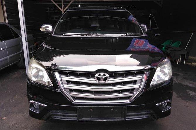 Yogyakarta Rent Car for 12 hours (Innova)