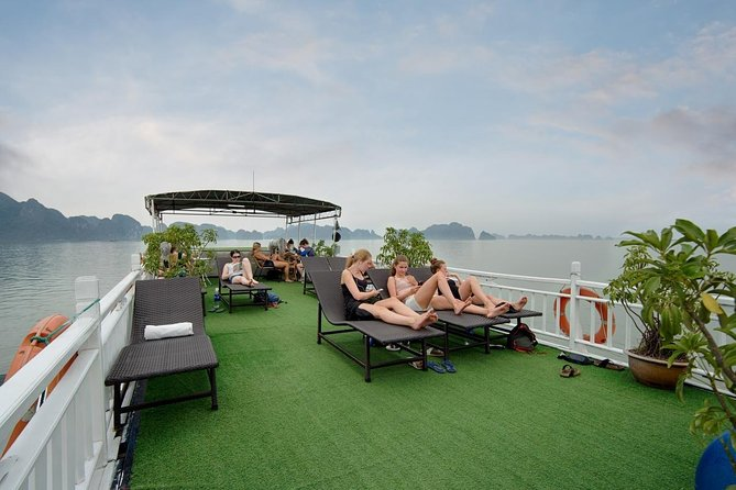 Ha Long Bay & Lan Ha Bay 3 Days 2 Nights (Fantasea Cruise)