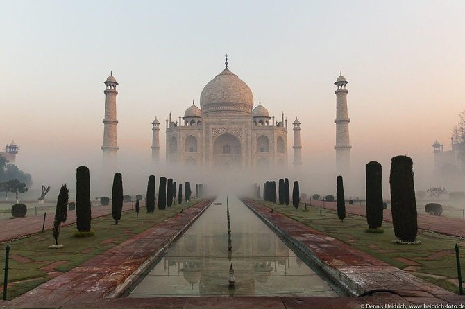 Taj Mahal City Tour With Guide View sunrise by walk