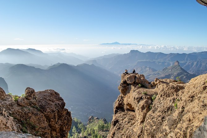Private and VIP Roque Nublo Hike photo 3
