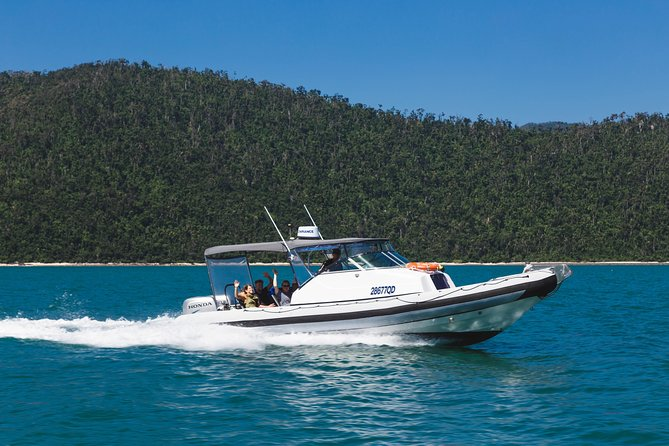 Private Standard Charter Experience in Whitsundays