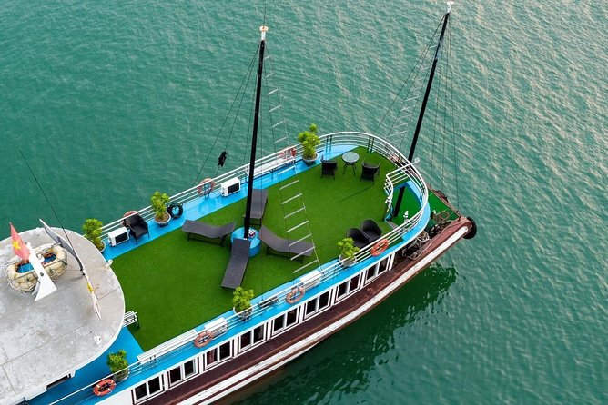 Reina Cruise - Halong Bay Deluxe Full Day Tour ( Expressway- Limousine Bus )