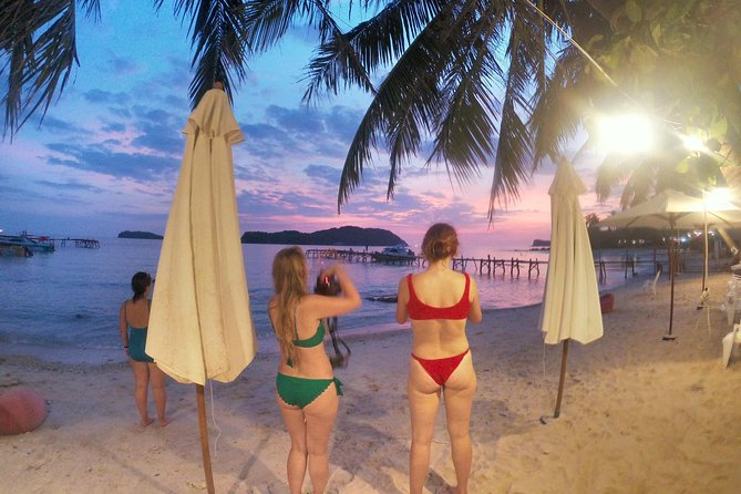 """OnBird - PRIVATE SNORKELING CHARTER - Discover """"U"""" Turn and Sunset BBQ on Island"""