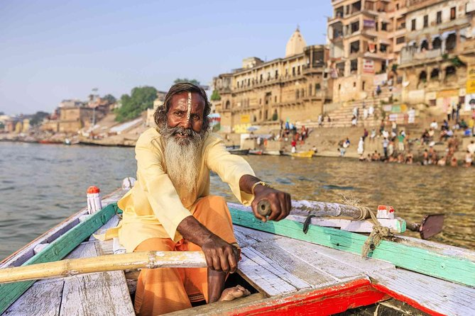 Private : Day Tour of Varanasi with Boat Ride and Evening Aarti Ceremony