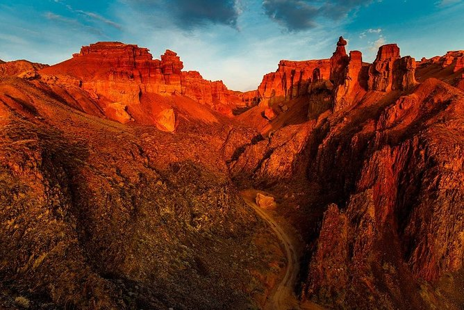 Charyn canyon Private tour with Professional Guide photo 1