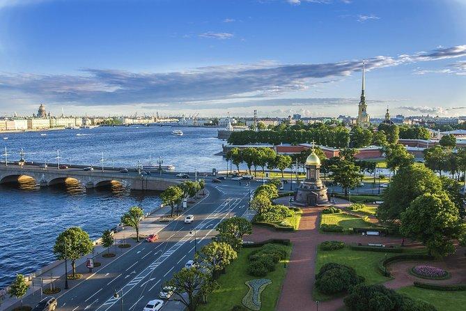 Sightseeing tour in Saint Petersburg