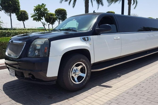 Hire Luxury Limousine in Dubai.
