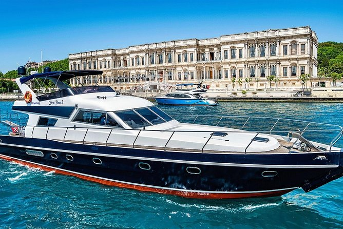 2 Hours - Luxury Bosphorus Cruise by a Private VIP Yacht