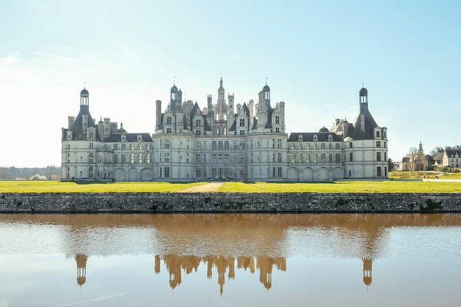 Loire Valley Fairytale Chateaux Private Day Trip with a Local photo 7