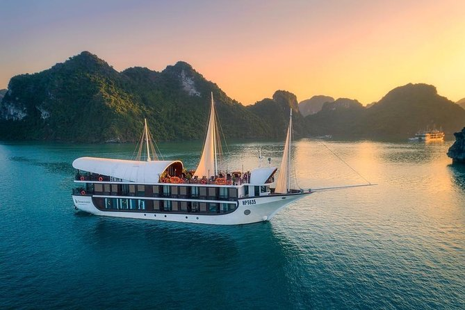 Sena Cruise 5 Star - Ha Long Bay & Lan Ha Bay 2 Days 1 Night Luxury Tour