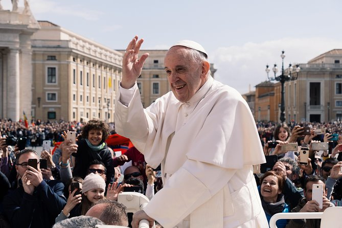 ROME: Invitation delivery for Wednesday pope's hearing at St.Peter's square photo 4
