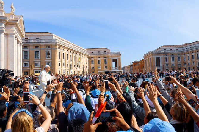 ROME: Invitation delivery for Wednesday pope's hearing at St.Peter's square photo 1