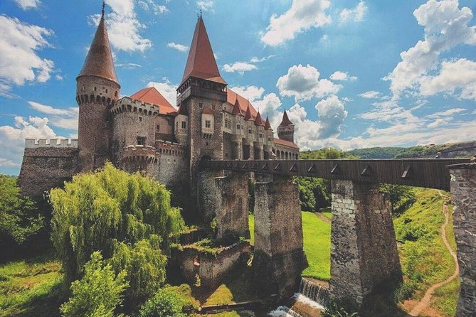Private tour from Bucharest to Corvin Castle Hunedoara