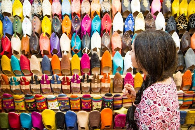 Half Day Trip Shopping Tour inside Medina Of Marrakesh with Local Guide