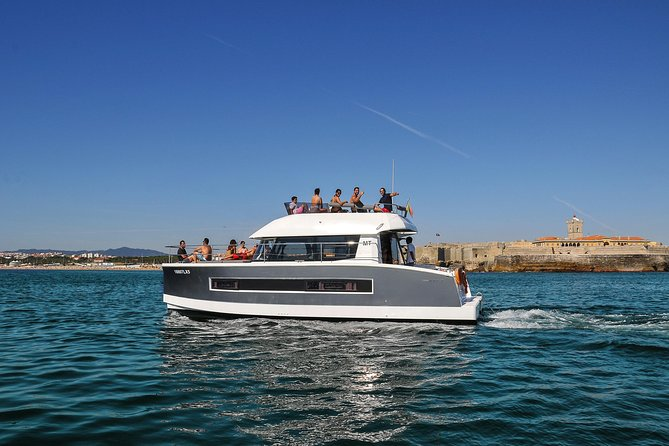 Motor catamaran up to 18 people in Lisbon photo 11