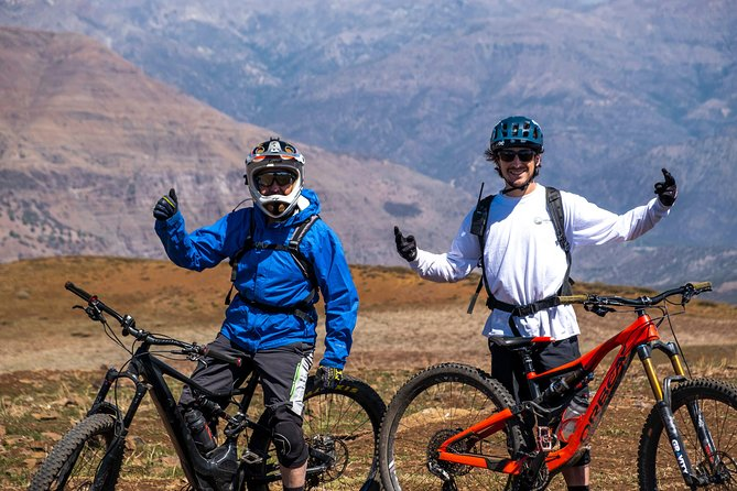 Santiago Mountain Bike Tour + Bike & Helmet + Pick Up