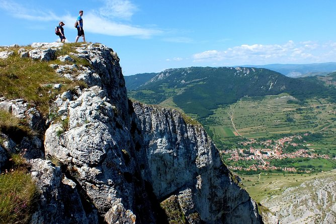 """One-day hike to """"Piatra Secuiului"""" and the village of Rimetea"""