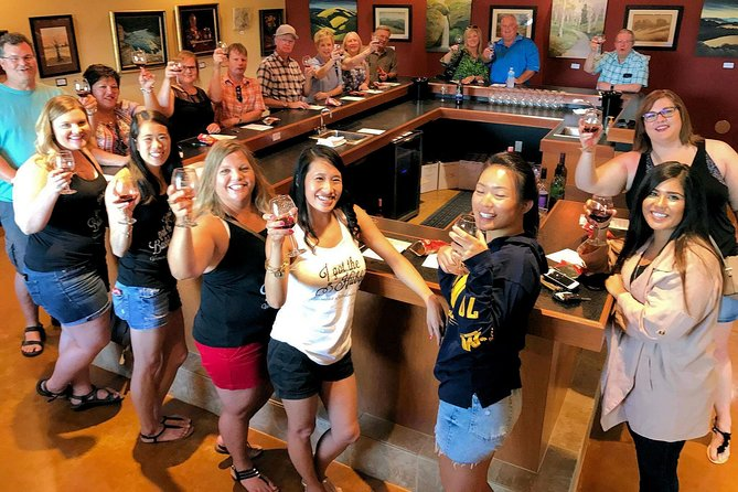 Branson VIP Wine Tasting and Dinner Tour
