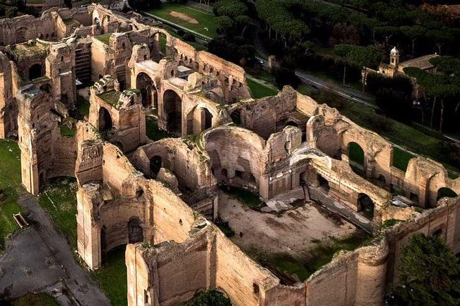 The majesty of ruins in Rome: from the Baths of Caracalla to Ponte Rotto